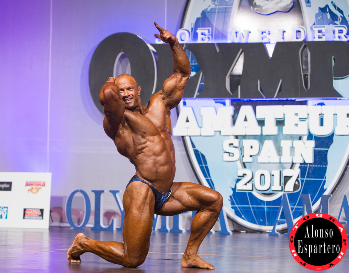 MR OLYMPIA DOMINGO -4587
