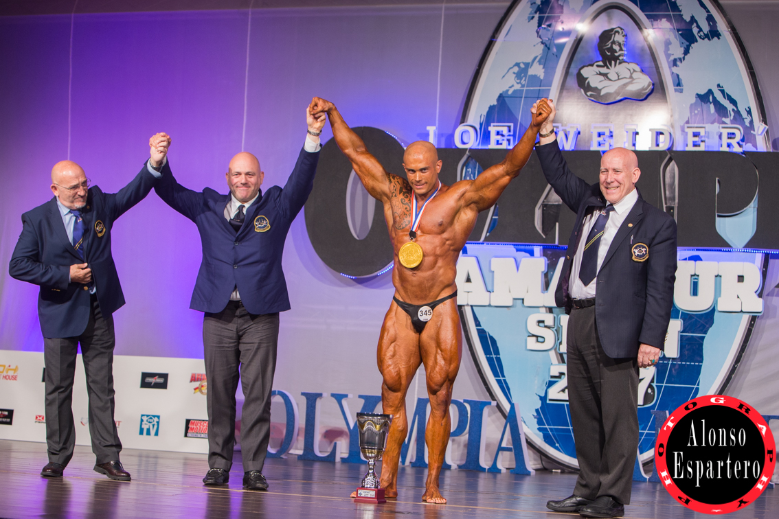 MR OLYMPIA DOMINGO -5275