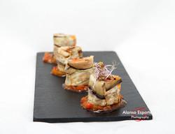 2015-10-14 envoltini de berenjena rellenos de cremoso de patatas, morcilla y manzana caramelizada-4