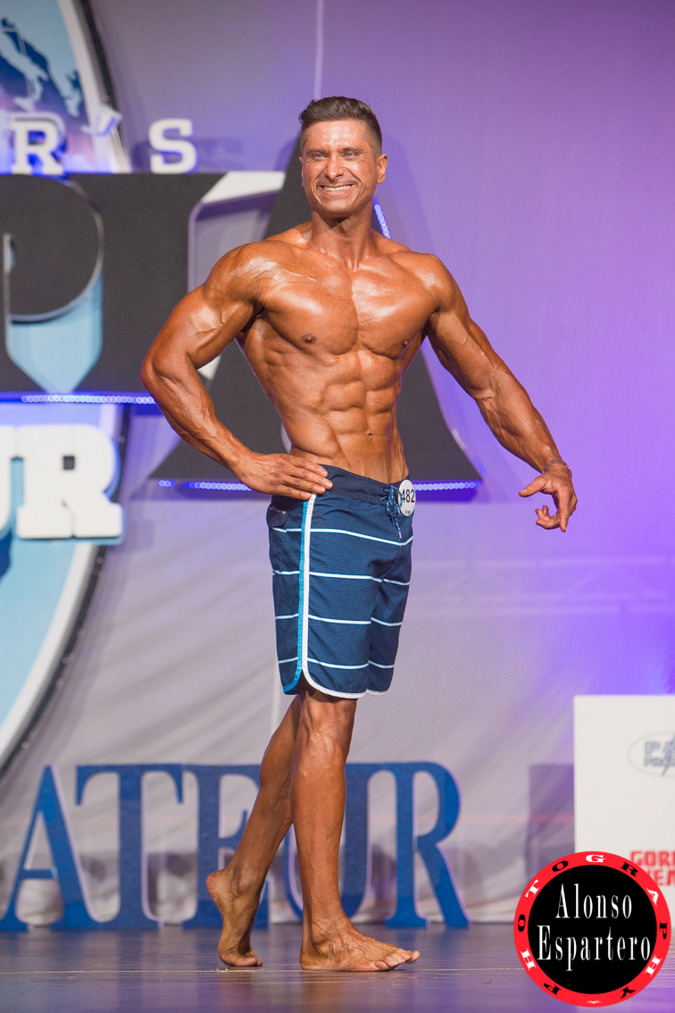 MR OLYMPIA DOMINGO -2803