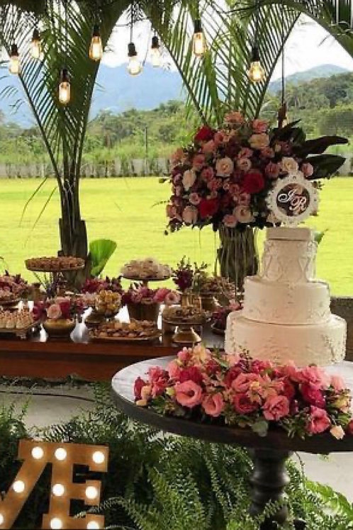 Statement Cake Table