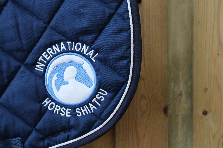 Logo Appliqué IHS