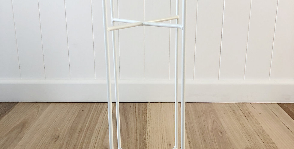 CRISS CROSS PLANT STAND MEDIUM