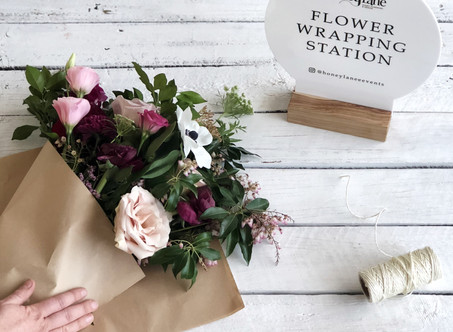 Wedding Favor: Flower Wrapping Station