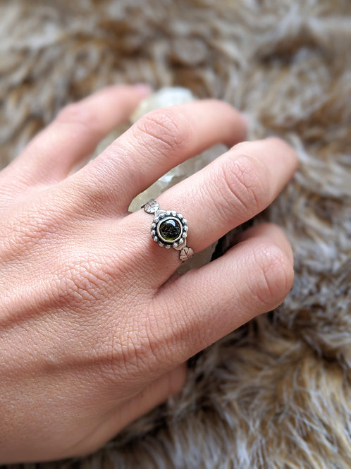 Sterling silver, green Tourmaline leaf ring size 8.5