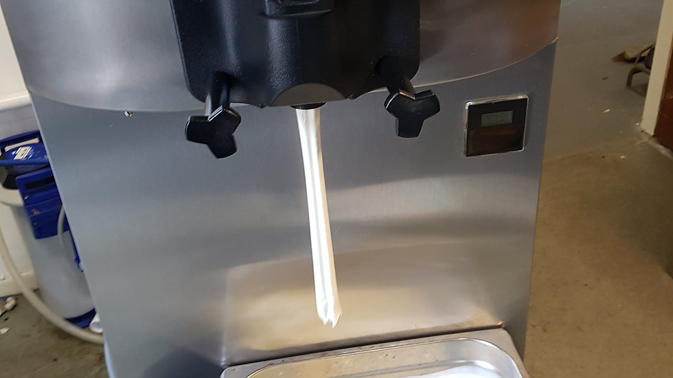 Taylor whippy ice cream machine