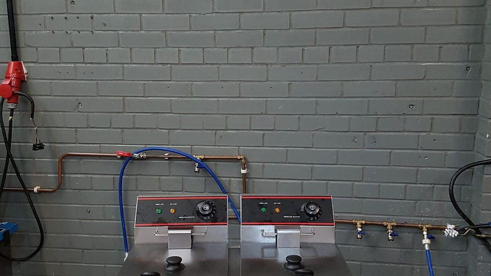 Twin Fryer 8L x2 13amp 220/240v Plug
