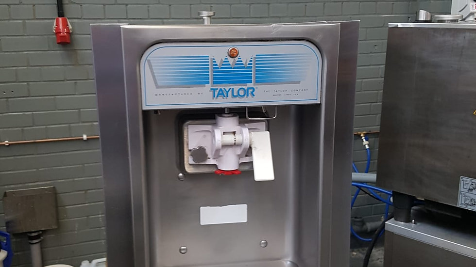 Taylor 152 Soft Serve Freezer