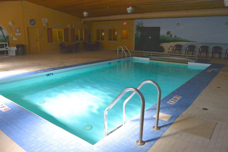 Altona Hotel Pool