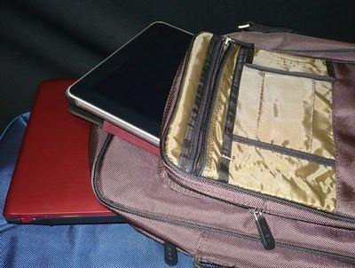 Shaka Laptop Messenger Bag with iPad and 15″ Laptop