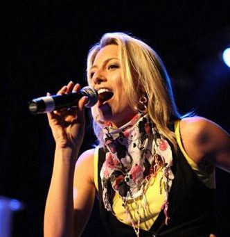 10 Great Performance Tips For Singers