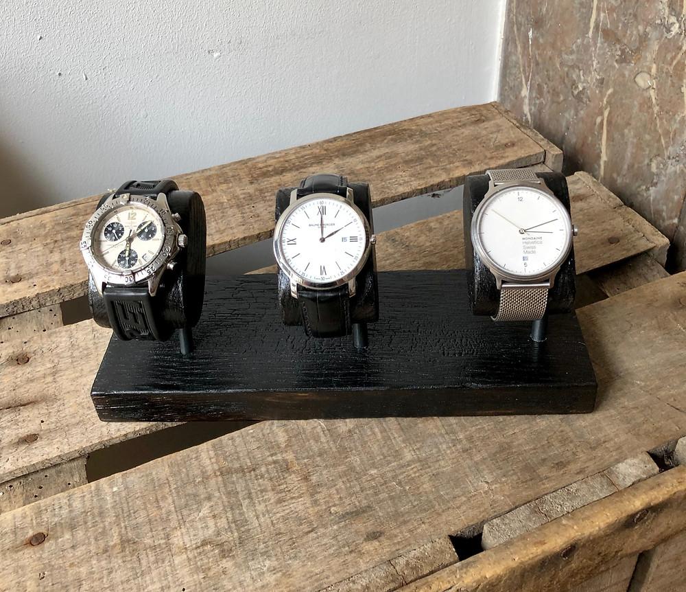 Les boîtes à montres moins tendances que les  présentoirs ?
