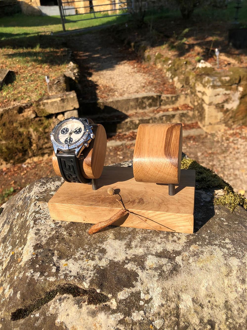Un présentoir à montre made in France