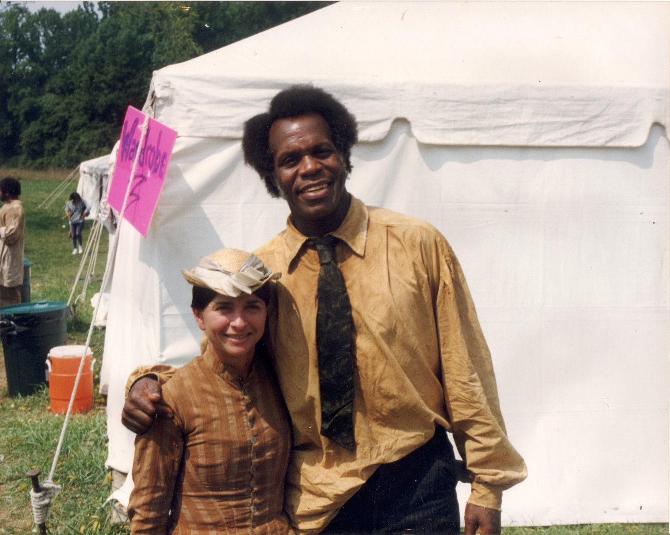 Jodi Dawson & Danny Glover on the set of
