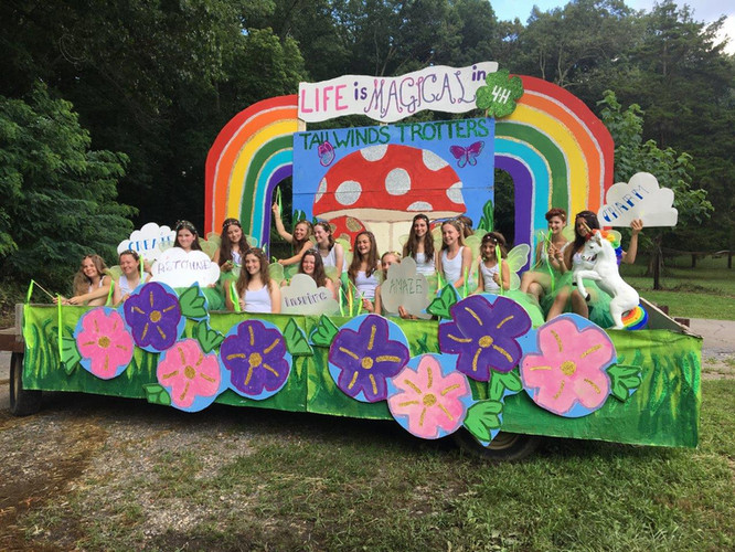 Tailwinds Trotters 4H Float