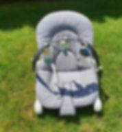 Babywippe von Chicco mit Spielbogen