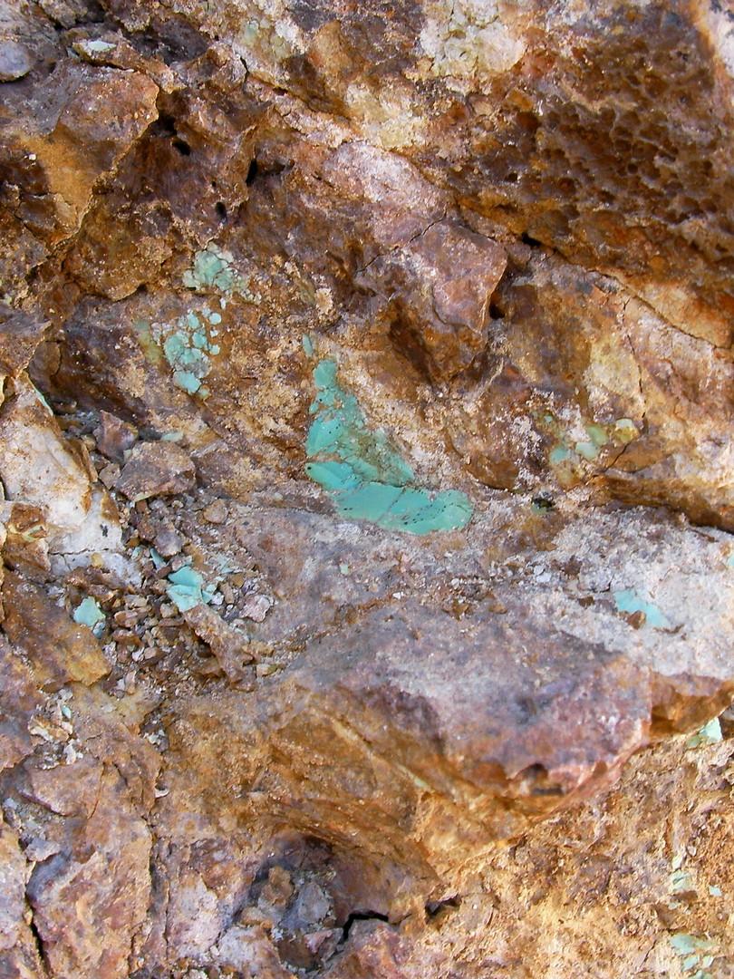 Carmelita turquoise in situ