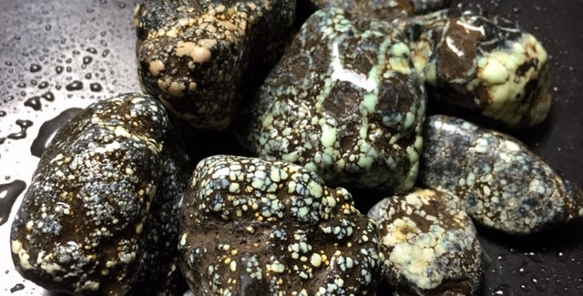 Poseidon Variscite Rough Nuggets