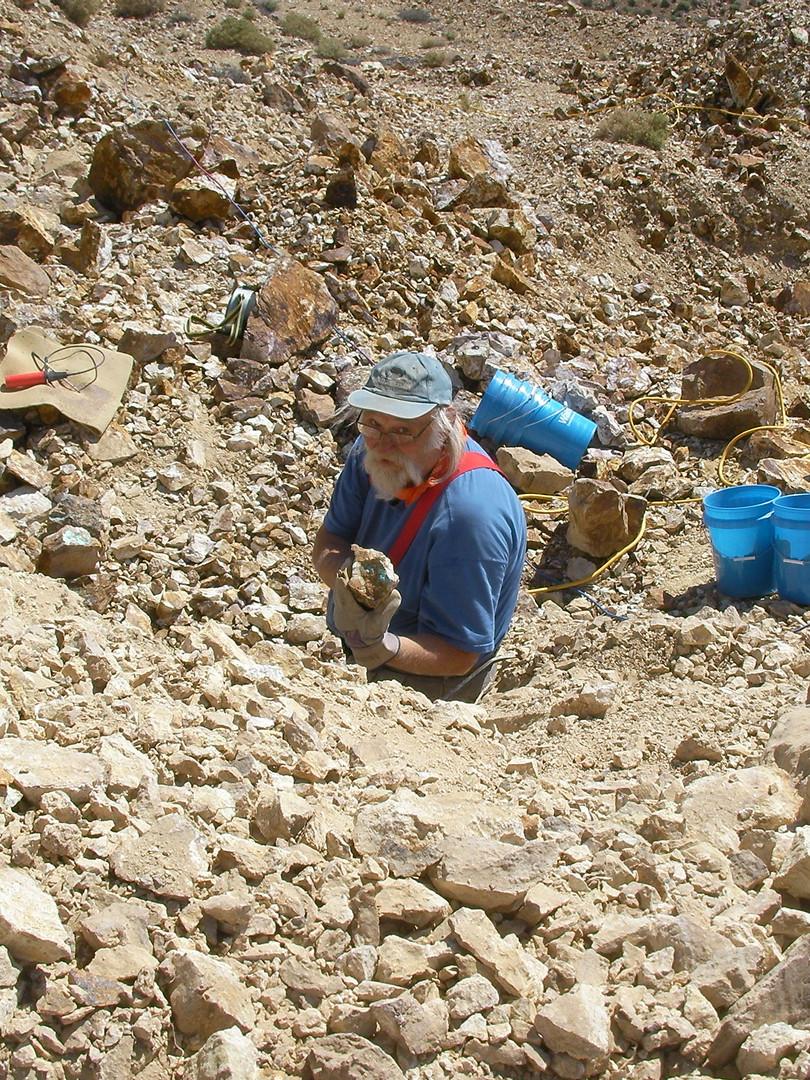 Philip finding turquoise at Carmelita