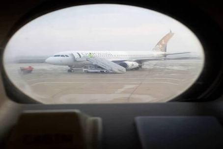 """خبر عاجل أجنحة الشام"""" السورية للطيران تنفي ما أثير حول نقلها مسلحين إلى ليبيا"""