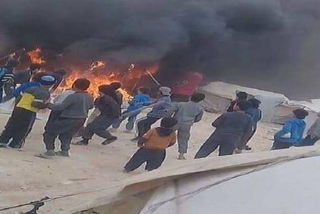 خبر عاجل وفاة 3 أشخاص في حريق بمخيم الهول في ريف الحسكة السورية