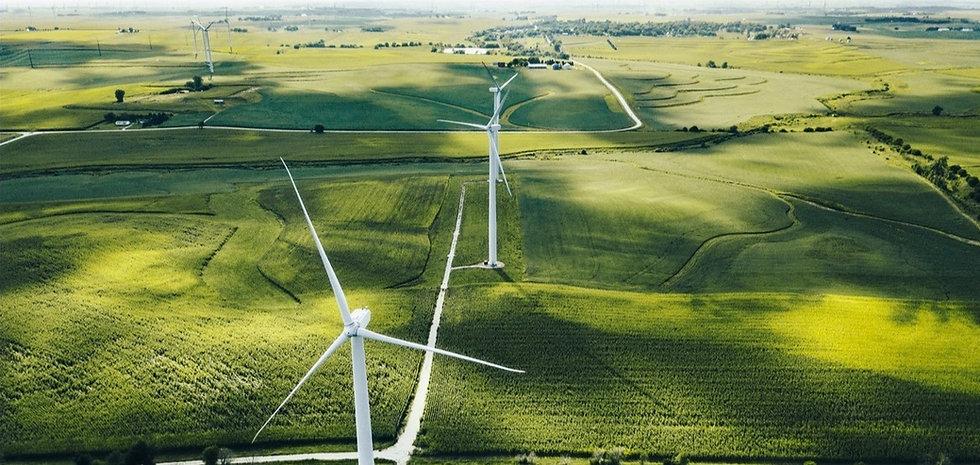 wind-turbine-in-iowa-1142855625_1185x888_edited_edited.jpg