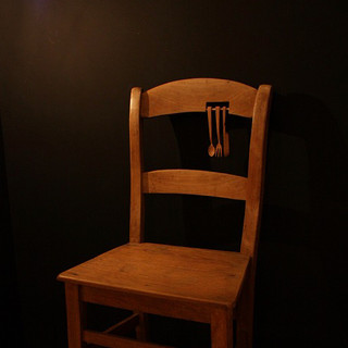 """sculpture on vintage / antique chair 2013  遠い国の遠い時代からkrankが持ちかえったアンティークやヴィンテージのアイテムに少しだけ新しい風景を加えさせていただくシリーズ  A series of works collaborating withantique / vintage items that one and only shop """"krank/marcello"""" brings back from distant eras of distant countries."""