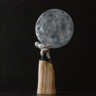空に浮かべた鏡が 遠くのあなたを映すのなら  If the mirror floating in the sky reflects you in the distance.  18.5 x 7 x 40 cm 木 / wood 2019