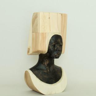 絵に描かれた私の肖像は 見たことのない女性だった  My portrait in the paiting was a woman I had never seen.  18 x 13 x 33.5 cm 木 / wood 2020