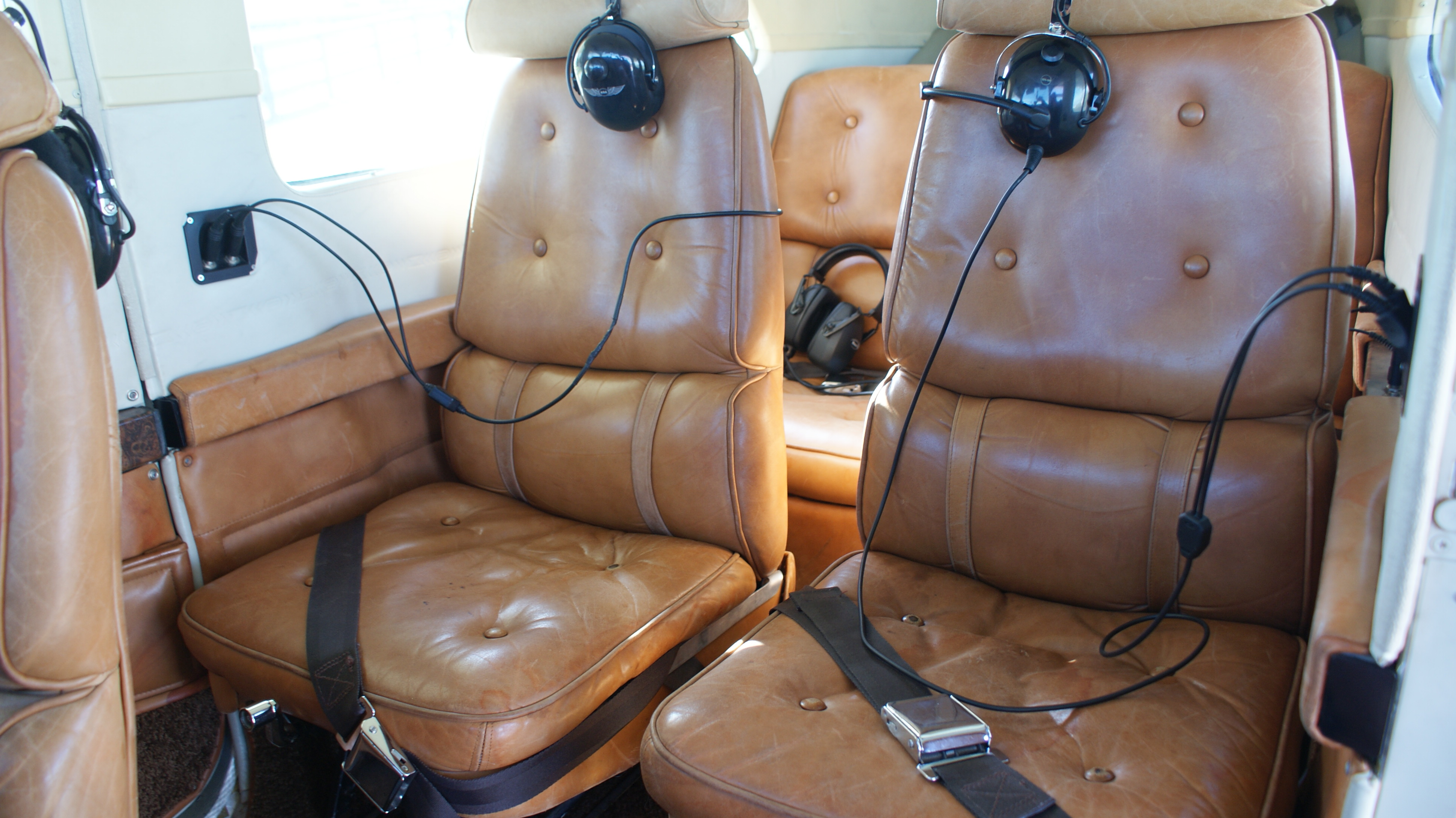Cessna 210 Interior
