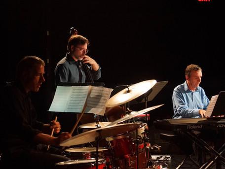 Mark Wade Trio