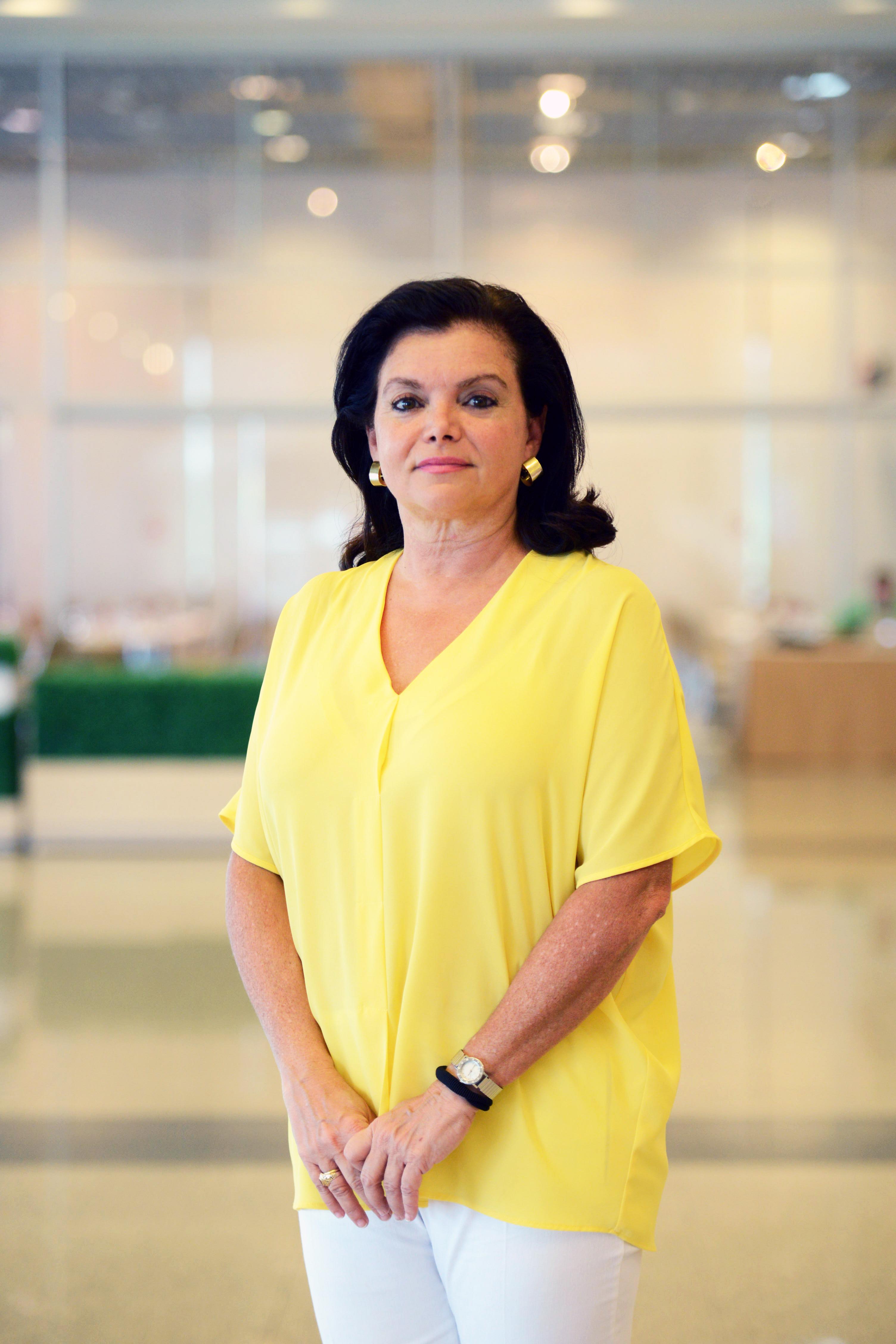 Dr. Carmen Pena