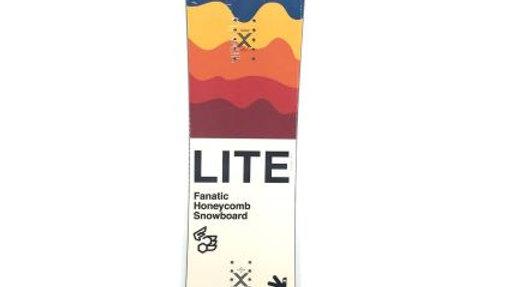 FANATIC  LITE  153  :  ジャンプ・スピン・トリックにパーフェクトなキャンバーシェイプ