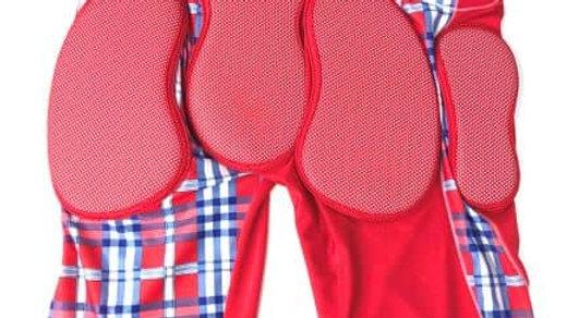 bip   HIP GUARD カラー:RED size  M・L   / スノーボード・スケートボード のヒップガード ケツパット