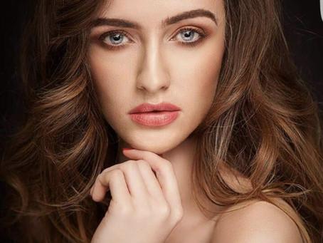 Welcome Experienced Model - Dearbhla D!