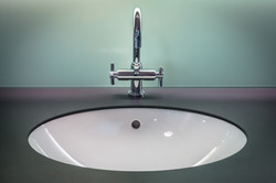 bathroom-1851566