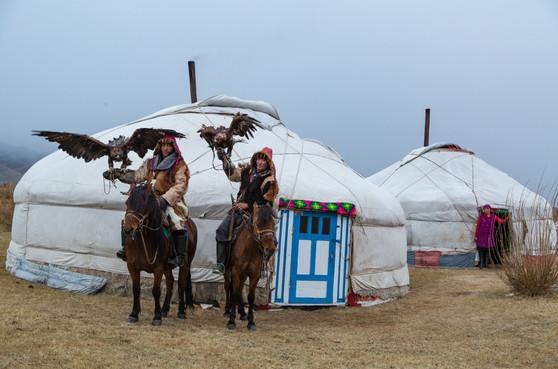 Mongolia Eagle Hunters 5.jpg