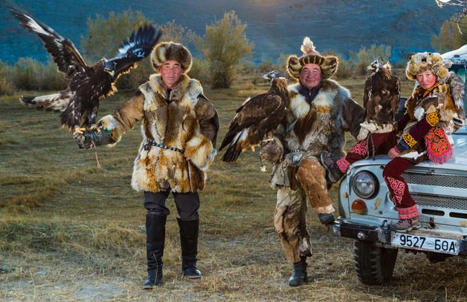 Mongolia Eagle Hunters 16.jpg
