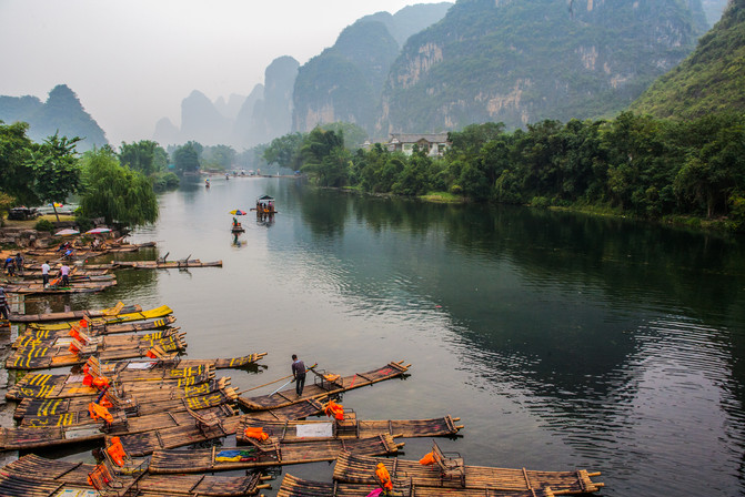 Along the Li River10.jpg