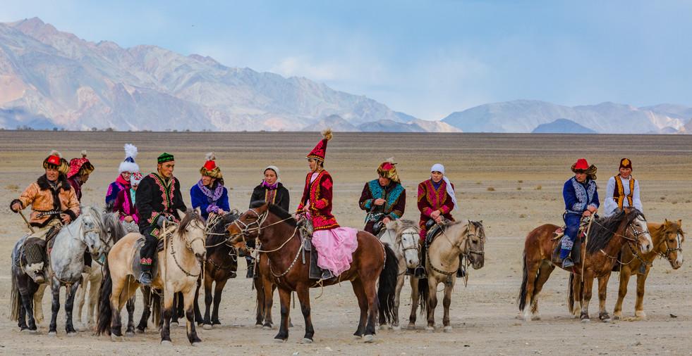 Mongolia Eagle Hunters 37.jpg