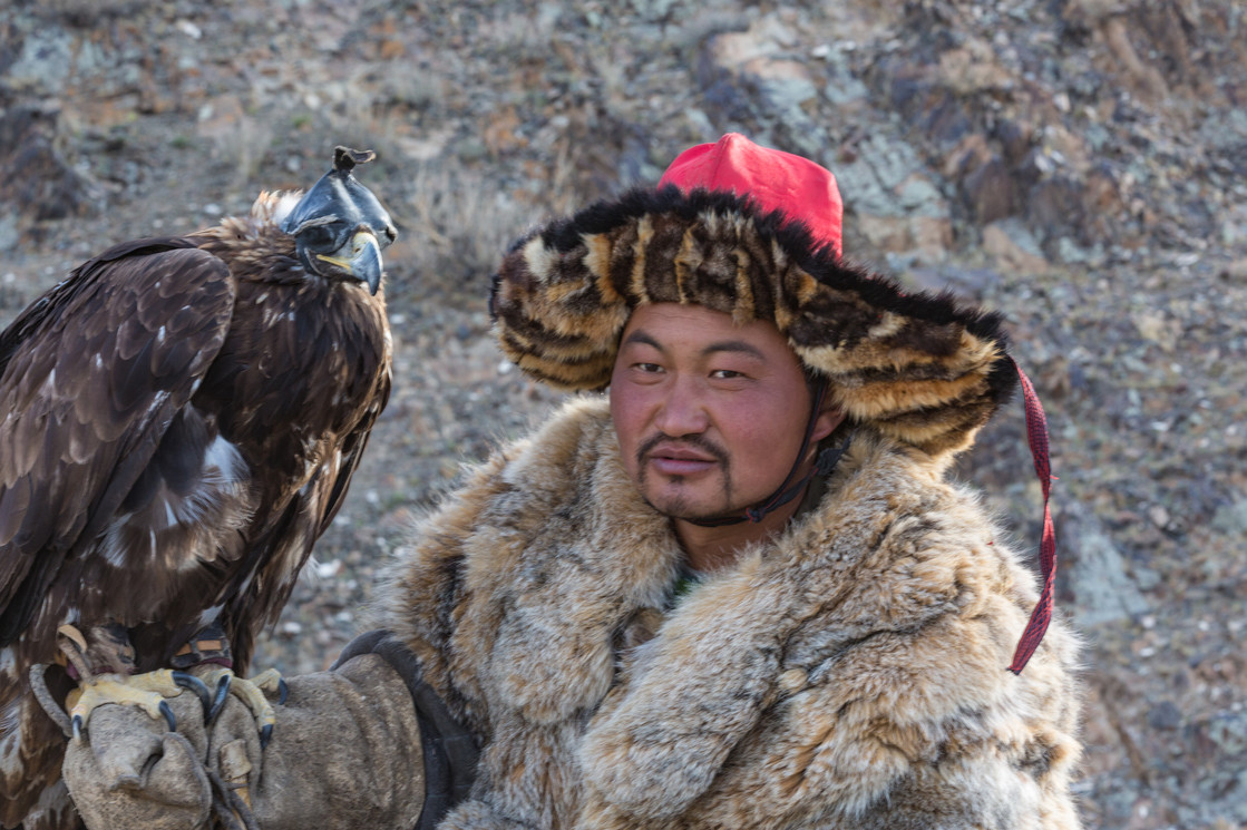 Mongolia Eagle Hunter 9.jpg