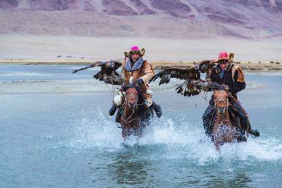 Mongolia Eagle Hunters 6.jpg