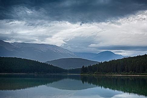 Canadian Rockies1.jpg