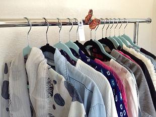 clothing rack pic poshmark.JPG