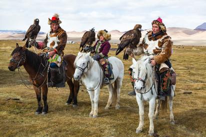 Mongolia Eagle Hunters 4.jpg