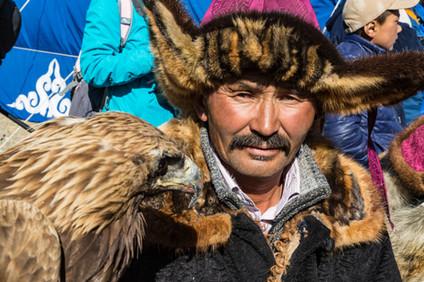 Mongolia Eagle Hunter 23.jpg