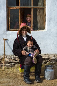 Mongolia Kazakh Family 5.jpg