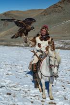 Mongolia Eagle Hunter 30.jpg