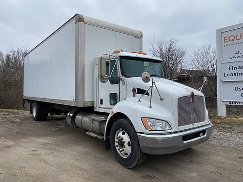 2015 Kenworth T370 28Ft Straight Truck