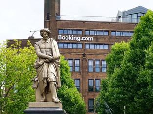 Booking.com: главные желания путешественников из России